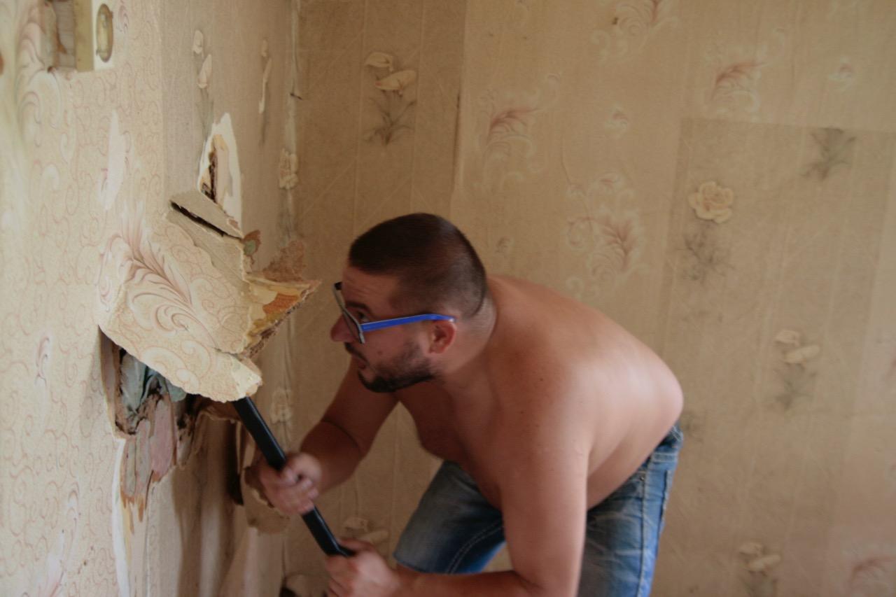 zrywanie dykty remont ścian